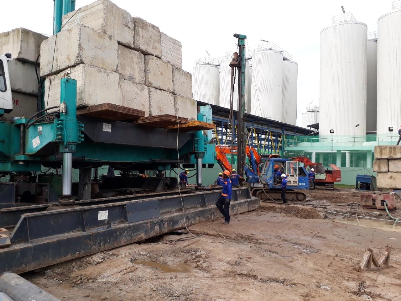 Nhà máy Heineken Hòa Khánh - ép cọc PHC-D400A Robot