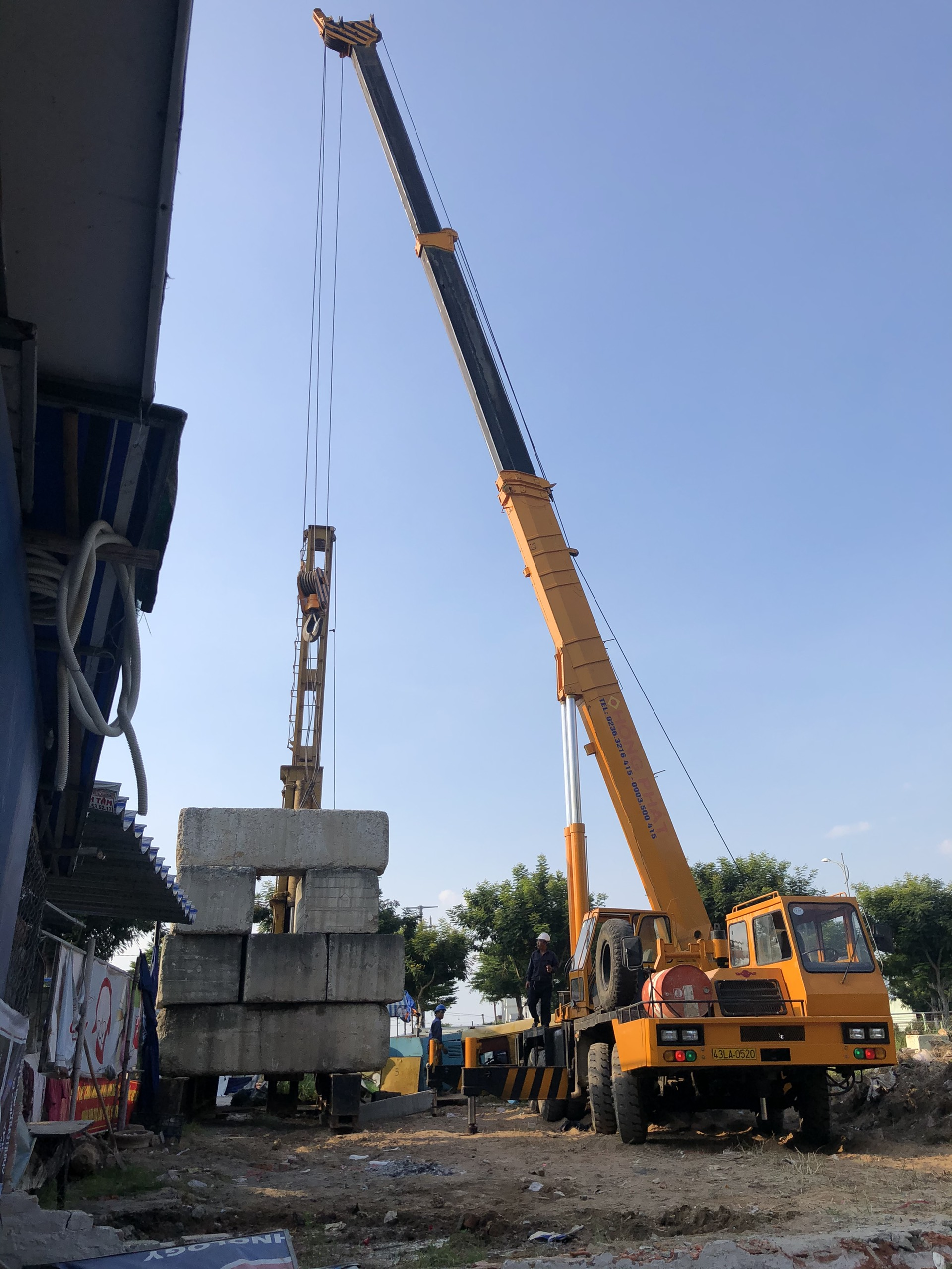 Hồng Phát ép cọc bê tông